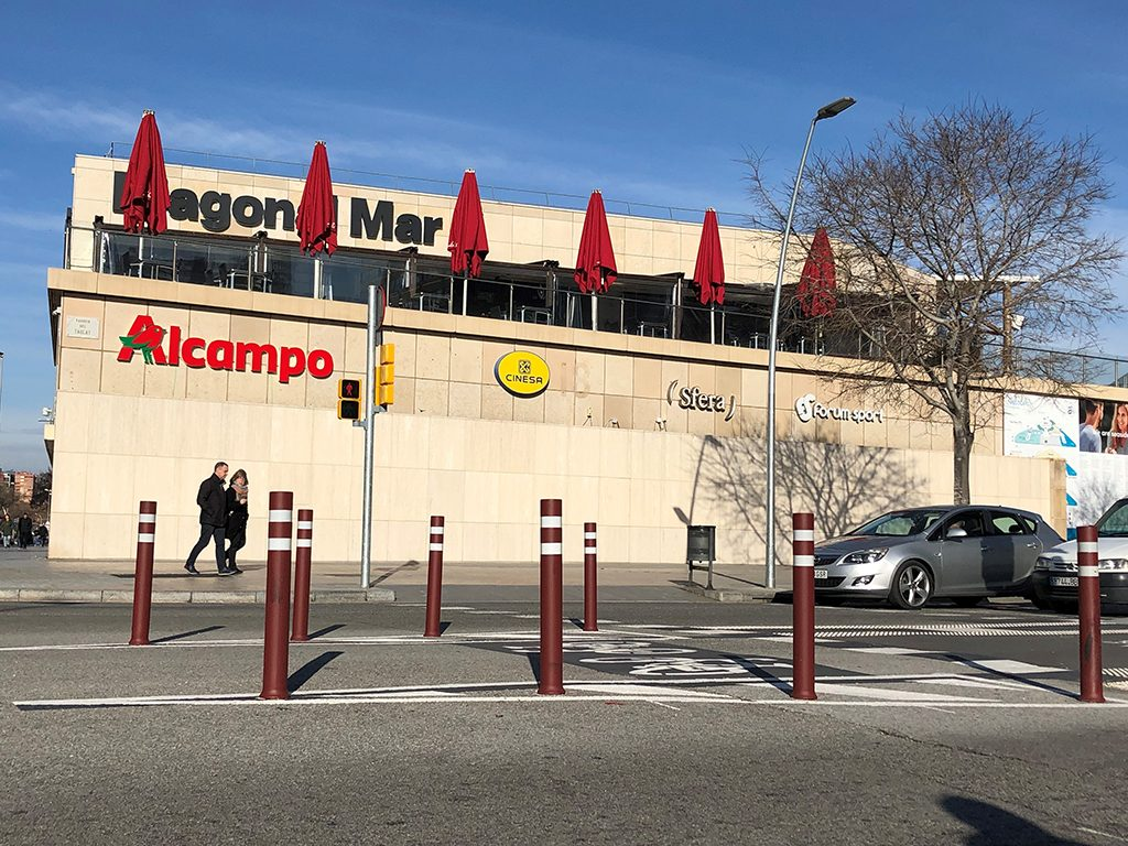 A-Flex bollards for bike lane in Barcelona