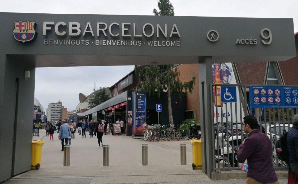 Semiautomatic security bollards at FC Barcelona