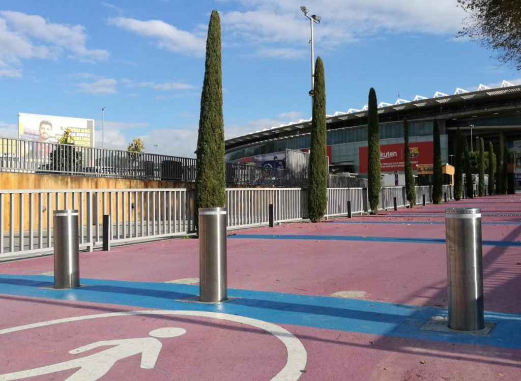 Semiautomatic bollards for FC Barcelona