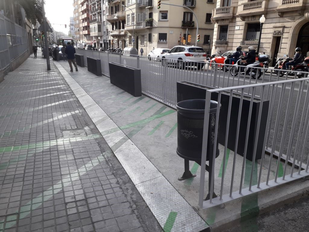 access ramp for bus stops